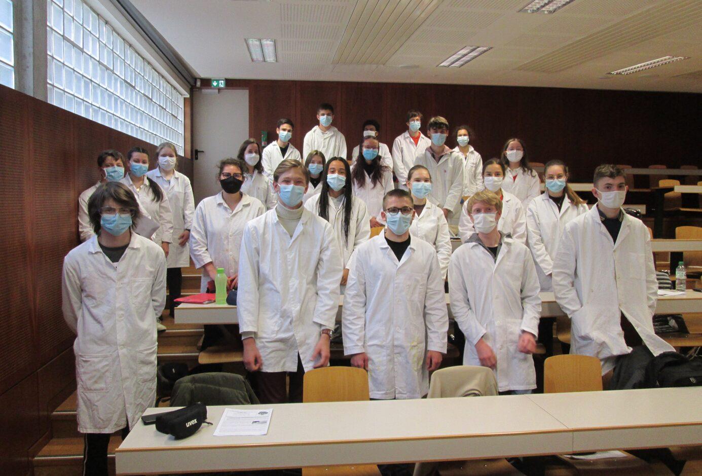 Des élèves enthousiastes avant l'épreuve.